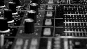 Muzyczne Dygresje w radiu MRS